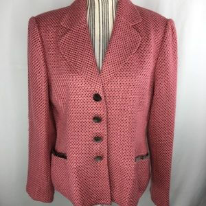 Pink blazer with brown accents